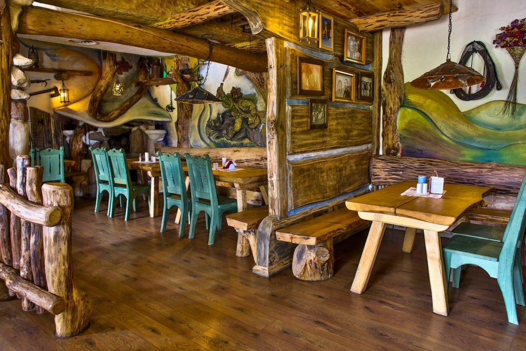 Restauracja stoliki